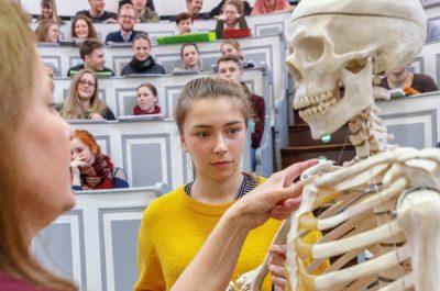 Associations for University Hospitals and Medical Schools